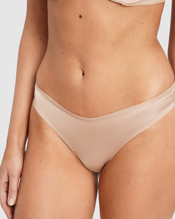 Saturday the Label Lingerie Gold / 1 Gold Dahlia G-string