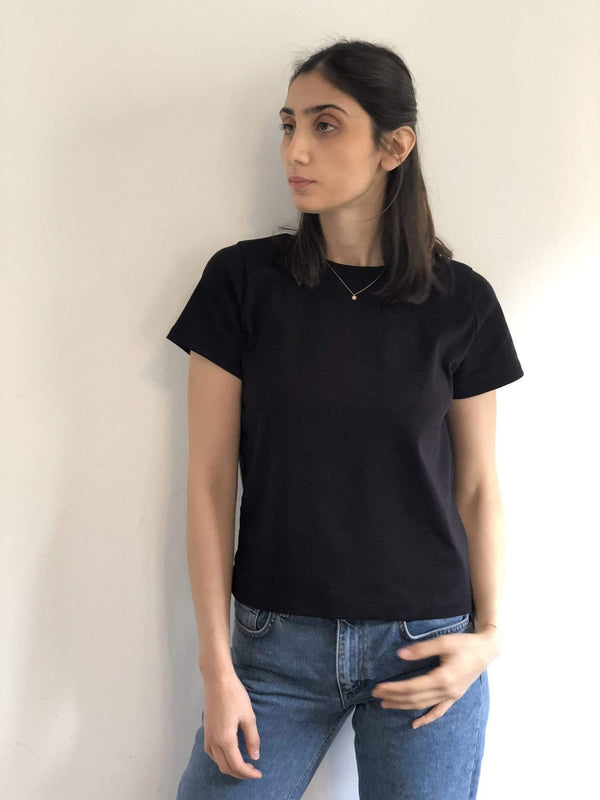 signe Tops Black / S Black Basic Tee