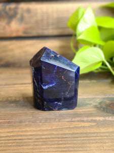 Faceted Sodalite Free Form
