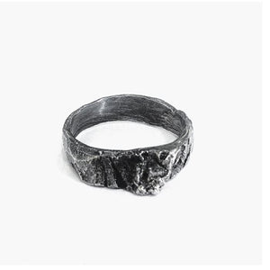 The birch ring - Light in oxidized Silver