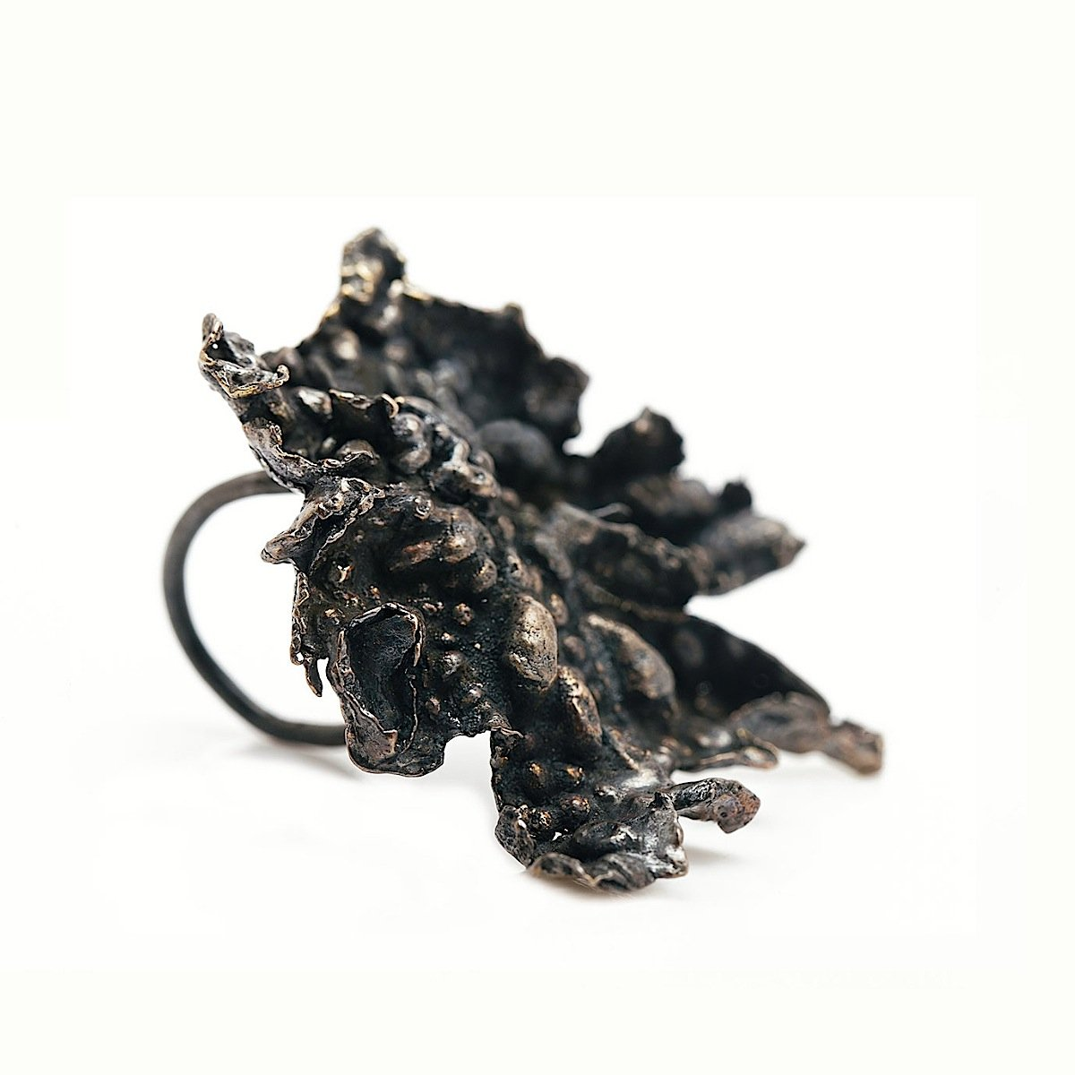 The lava ring - Bronze