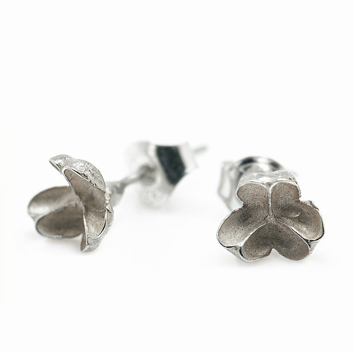 The seed capsule studs - Silver