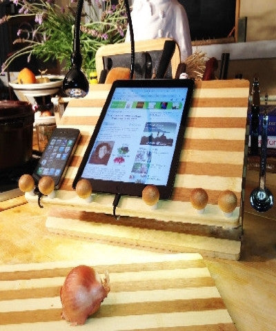 bamboo compact workstation/docker ipad and iphone