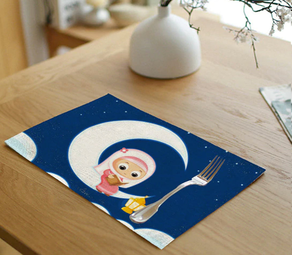 Little Girl & Moon Linen Mat - Muslim Memories