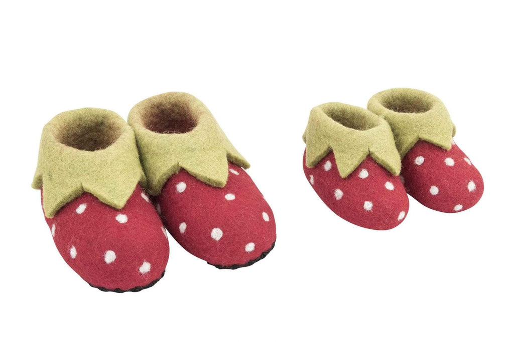 Strawberry Slippers Kids - size 3 & 4
