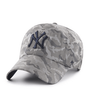 Load image into Gallery viewer, New York Yankees Dark Grey Smokelin 47 Clean up - City Limit NY