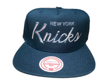 Load image into Gallery viewer, New York Knicks Mitchell and Ness snapback