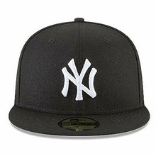 Load image into Gallery viewer, Men's New York Yankees New Era Black 59FIFTY Fitted Hat - City Limit NY