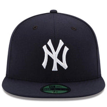 Load image into Gallery viewer, New Era 59Fifty Mens MLB Cap New York Yankees 2019 AC OnField Game Navy Blue Hat