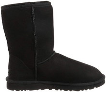 Load image into Gallery viewer, Black UGG Classic Short II