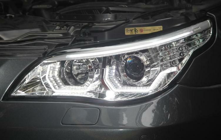 BMW E60 HEADLIGHTS (SILVER) - ANGEL EYES