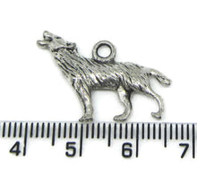 Load image into Gallery viewer, Wolf charm silver - New Wolves - unique & trendy stuff