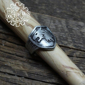 Wolf Shield Ring - New Wolves - unique & trendy stuff