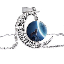 Load image into Gallery viewer, Vintage Wolf & Full Moon Chain Necklace - Wicca Pendant