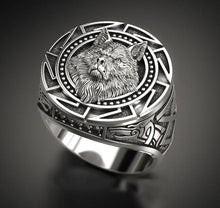 Load image into Gallery viewer, Vintage Wolf Head Ring for Mens Viking & Gothic Style