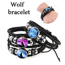 Load image into Gallery viewer, 2019 New Wolf Bracelet - New Wolves - unique & trendy stuff