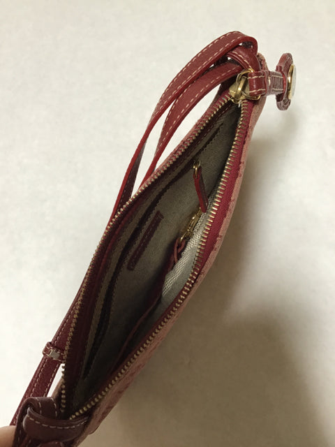 Dooney & Bourke Size Small Burgandy Red Purse