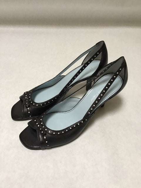 Etienne Aigner Size 8 Black Shoes