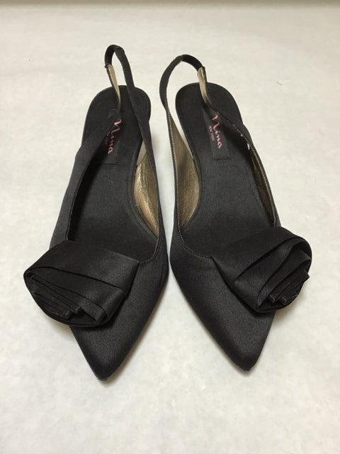 Nina Size 8 Closed Toes Black Strappy Dress Shoes