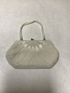 Unknown Size Small White Beaded Evening Purse