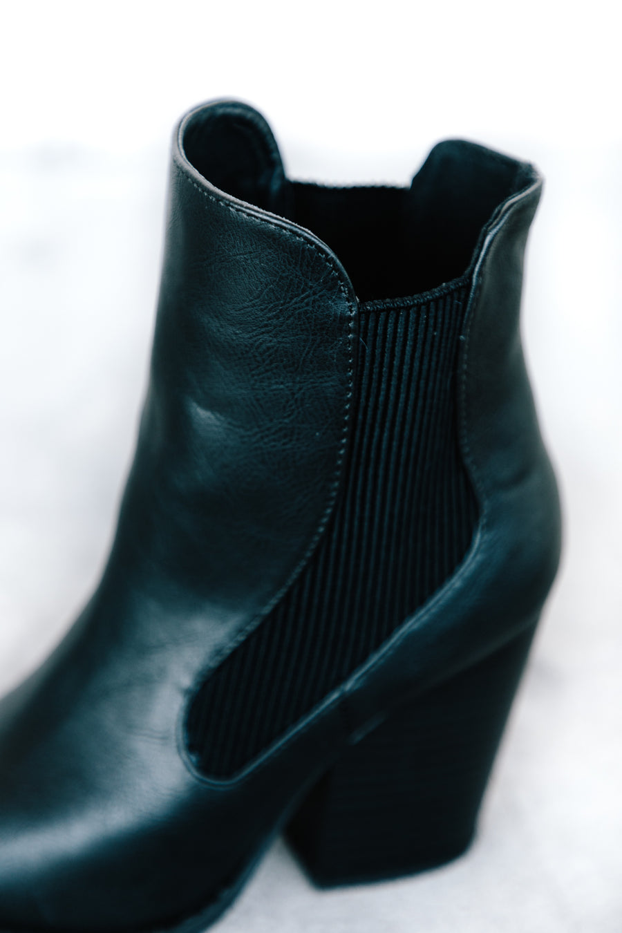 Crinkle Detailed Heeled Bootie