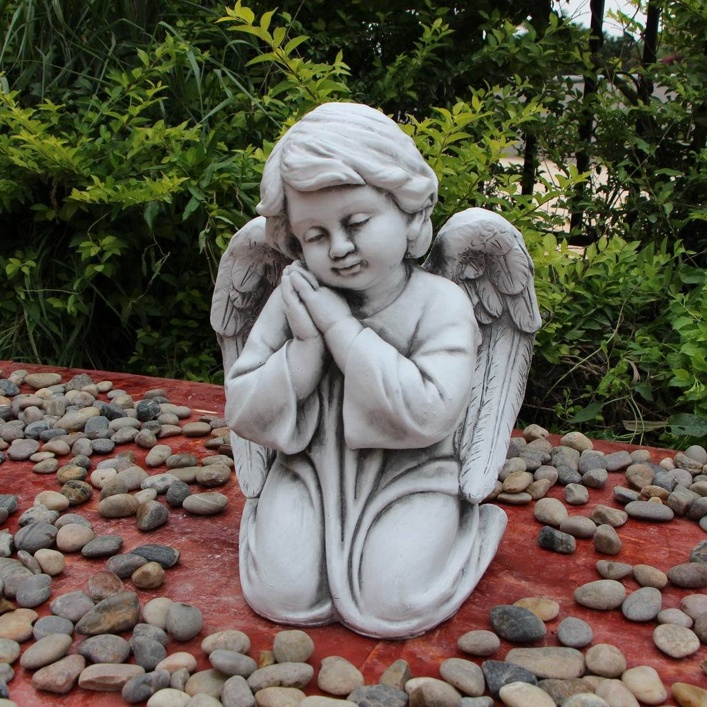 Statue Angel Boy Kneeling Sculpture Figurine Ornament Feature Garden Decor