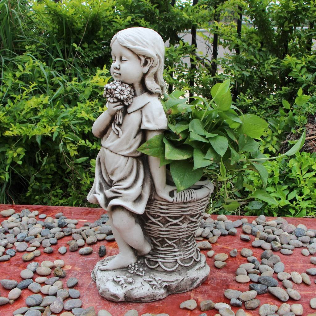 Statue Girl Flower Pot Sculpture Figurine Ornament Feature Garden Decor