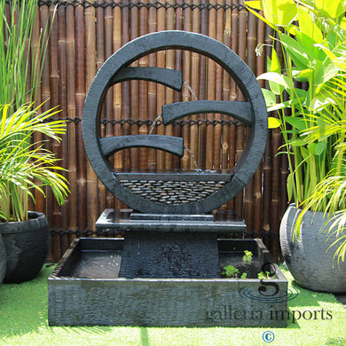 WAGON WHEEL FOUNTAIN – 2 sizes