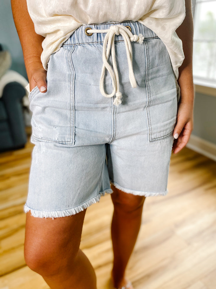 I'm Your Idol Midi Shorts