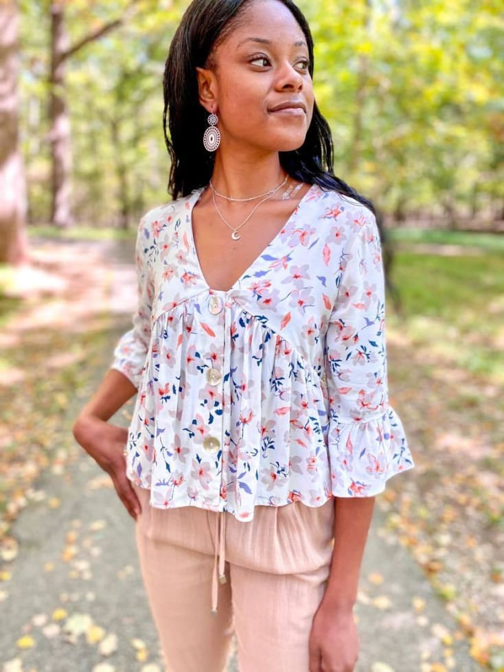Floral V Neck - Cozy Calla Lily Boutique