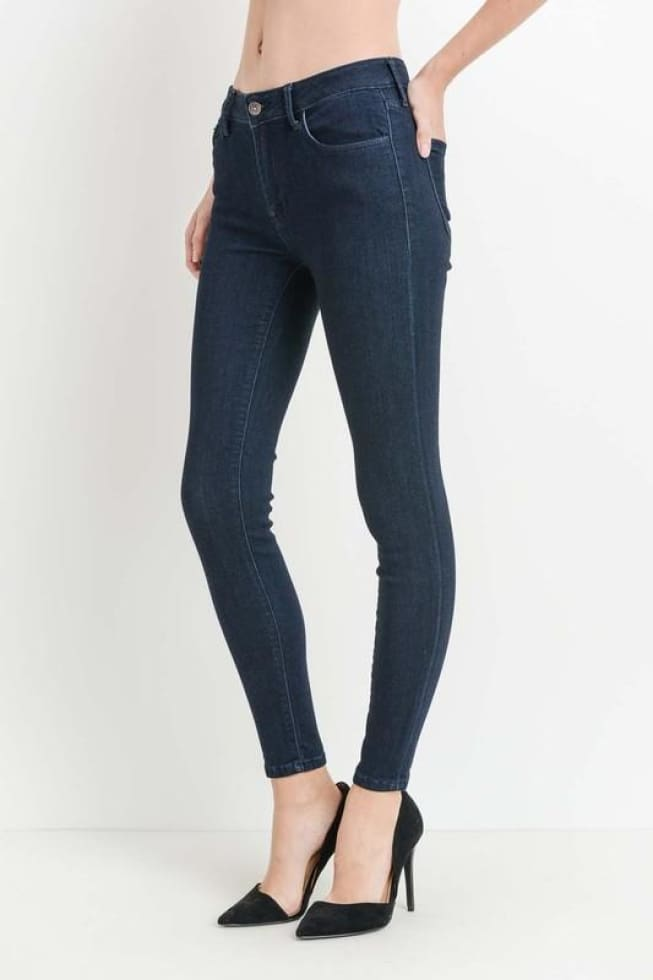 JUST-USA Indigo Dark wash Skinny Jeans 33 With Me