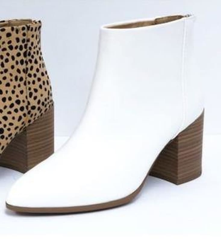 White Boot - Cozy Calla Lily Boutique
