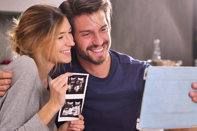When Should you Announce your Pregnancy on Social Media?