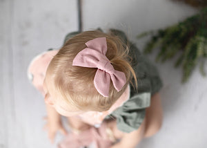 Ivy Linen Hair Bow Dusty Pink - Fauve + Co