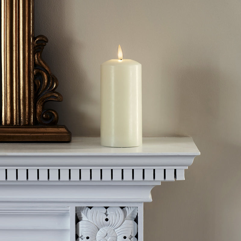 True Glow Realistic Flame Led Pillar Candle