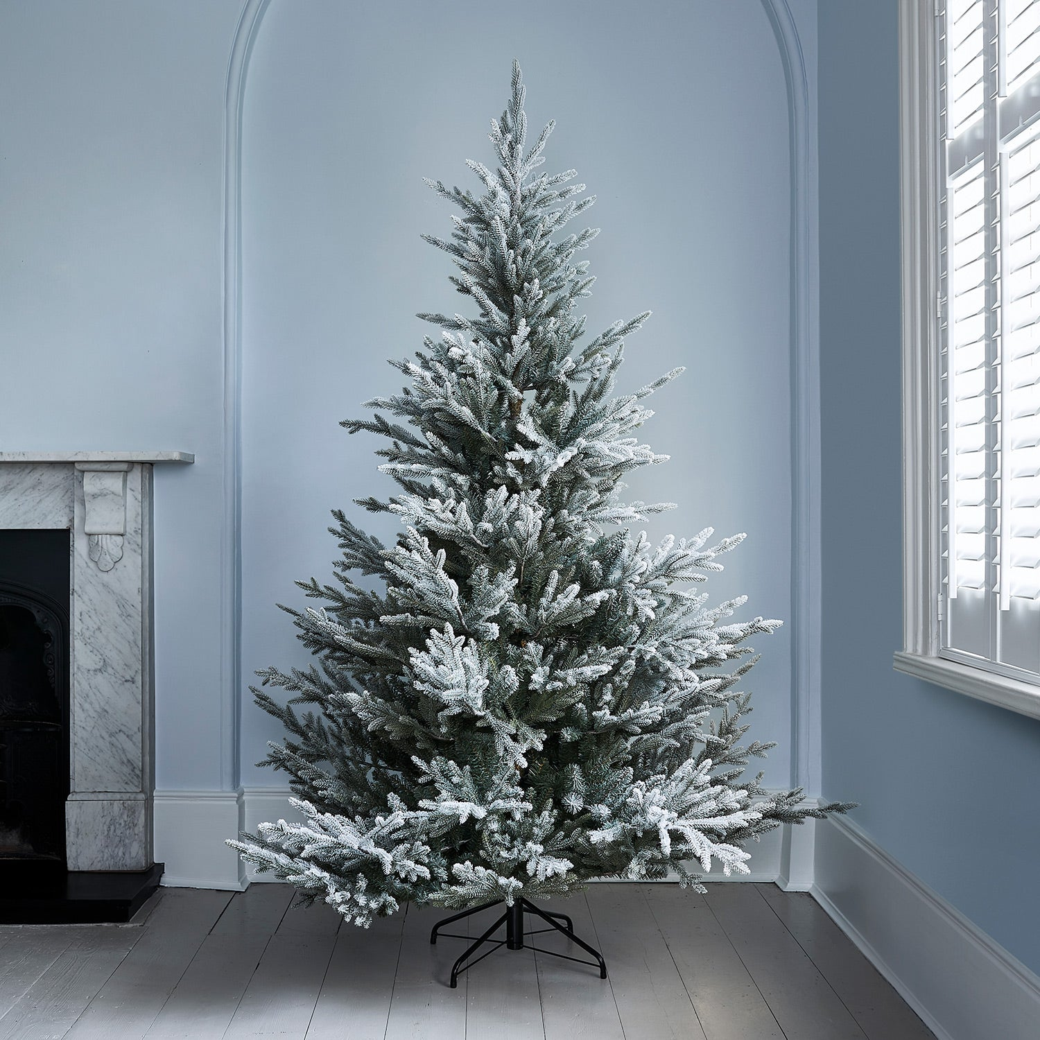 Frosted Norway Spruce 7ft Artificial Christmas Tree Lights4fun Co Uk