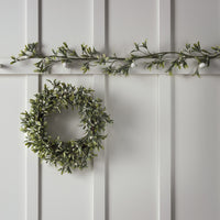 50cm Mistletoe Artificial Christmas Wreath