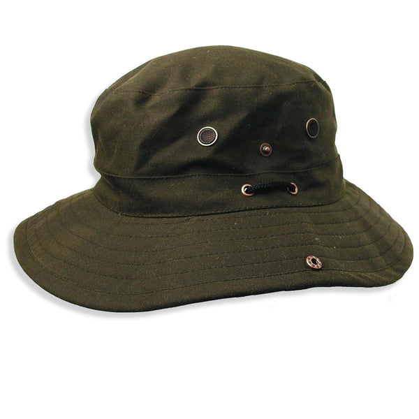Dalston Oilskin Bucket Hat in Olive