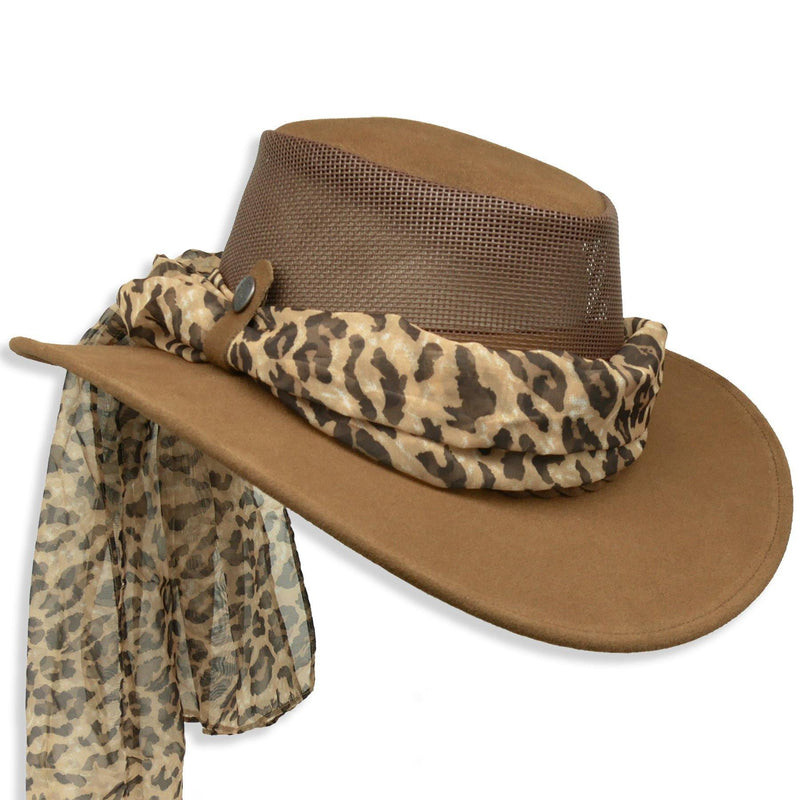 Bendigo Breeze with Leopard Scarf in Brown