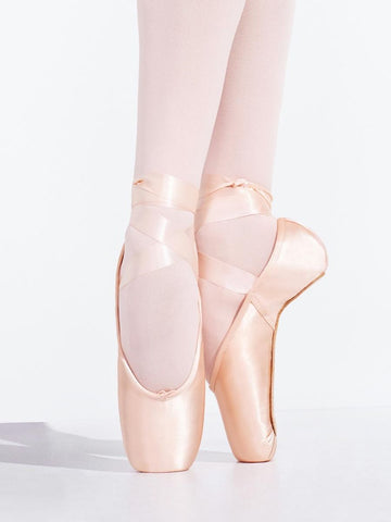 Bloch pointe shoes S2100L