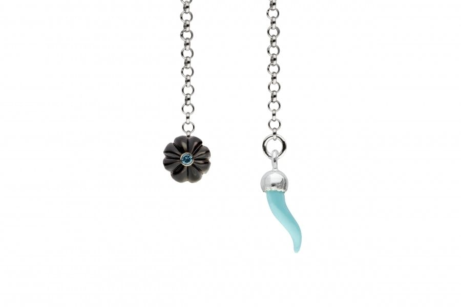 Barbarulo Napoli I Lapel Chain Sterling Silver - Grey Mother Of Pearl Flower with Blue Topasz