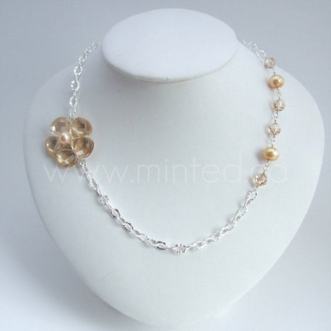 assymetric flower necklace
