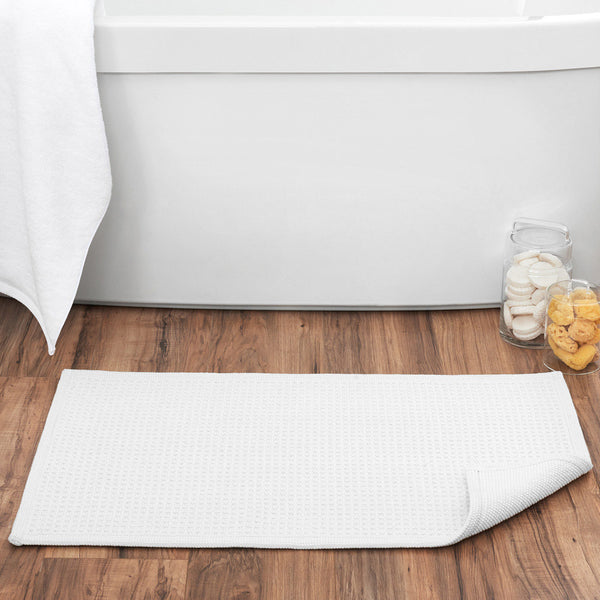 Essential Tufted Cotton Bath Mat