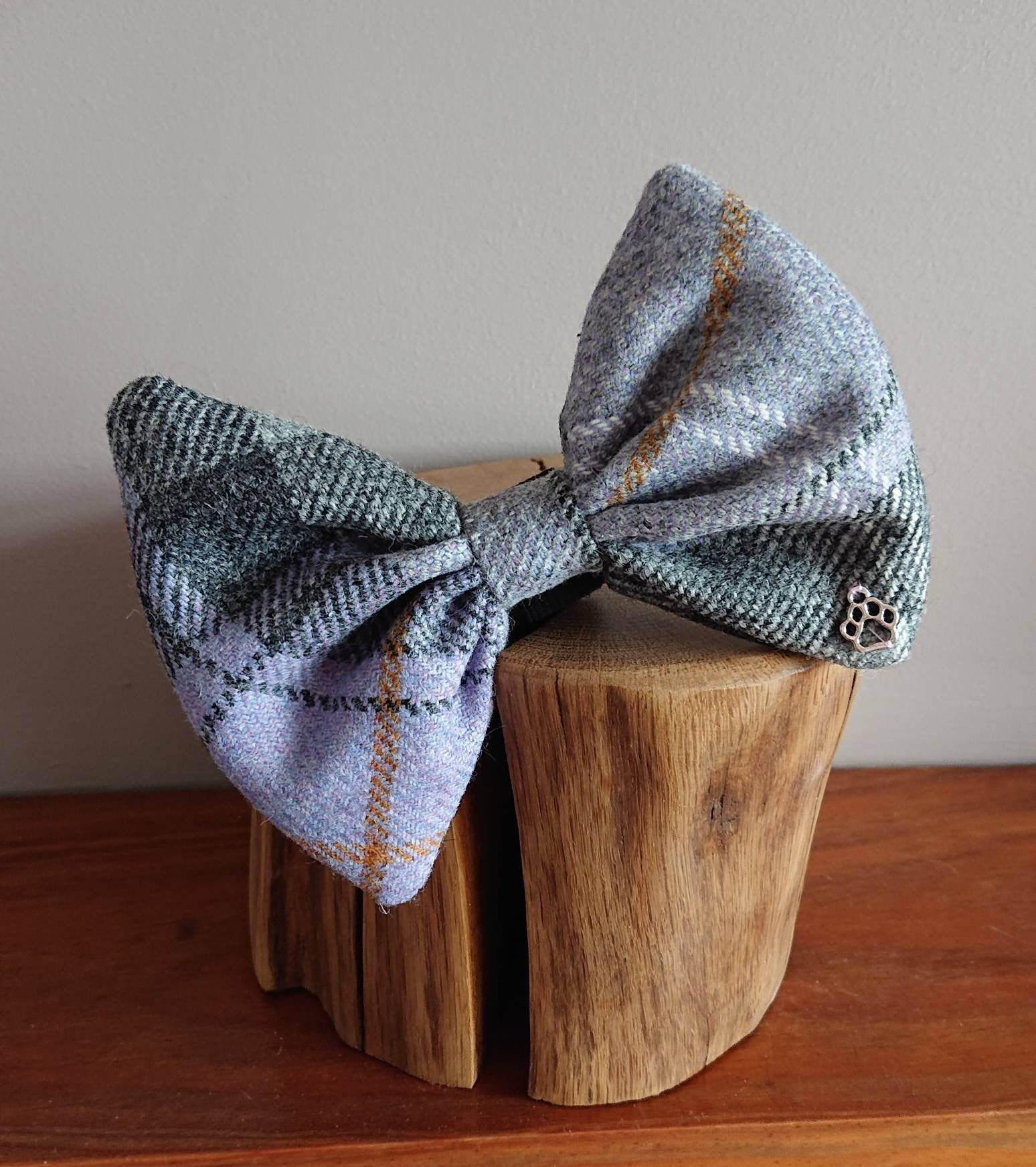 Luxury Harper Lilac Grey Bigger Breeds Tweed Dog Bow Tie - Large XL