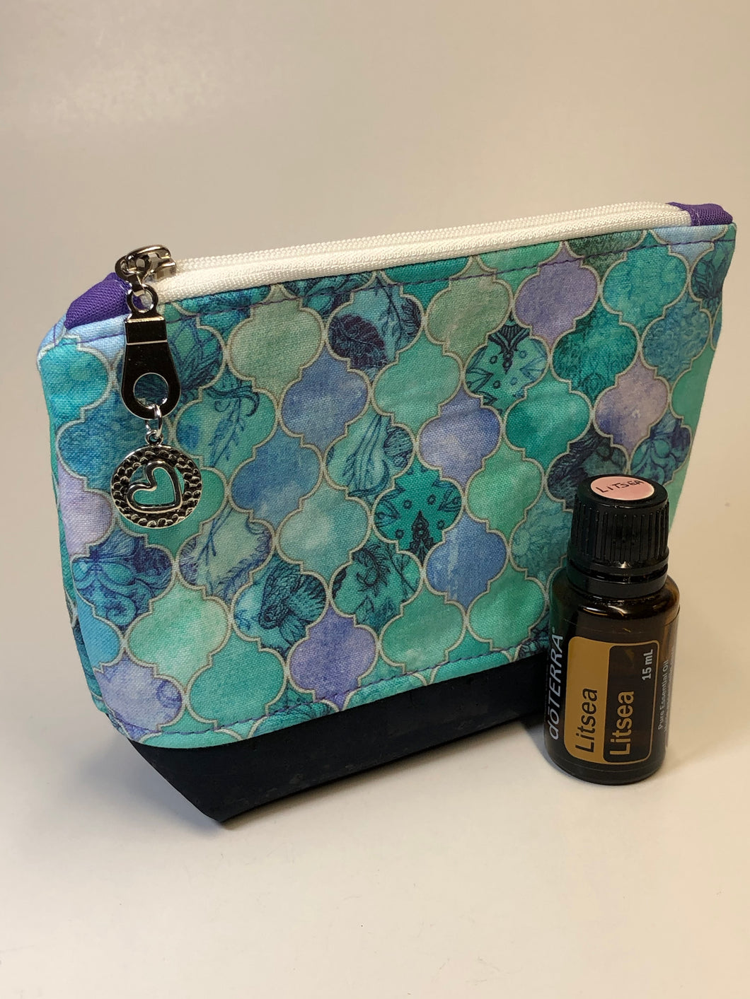 Small Essential Oil/Make Up Case