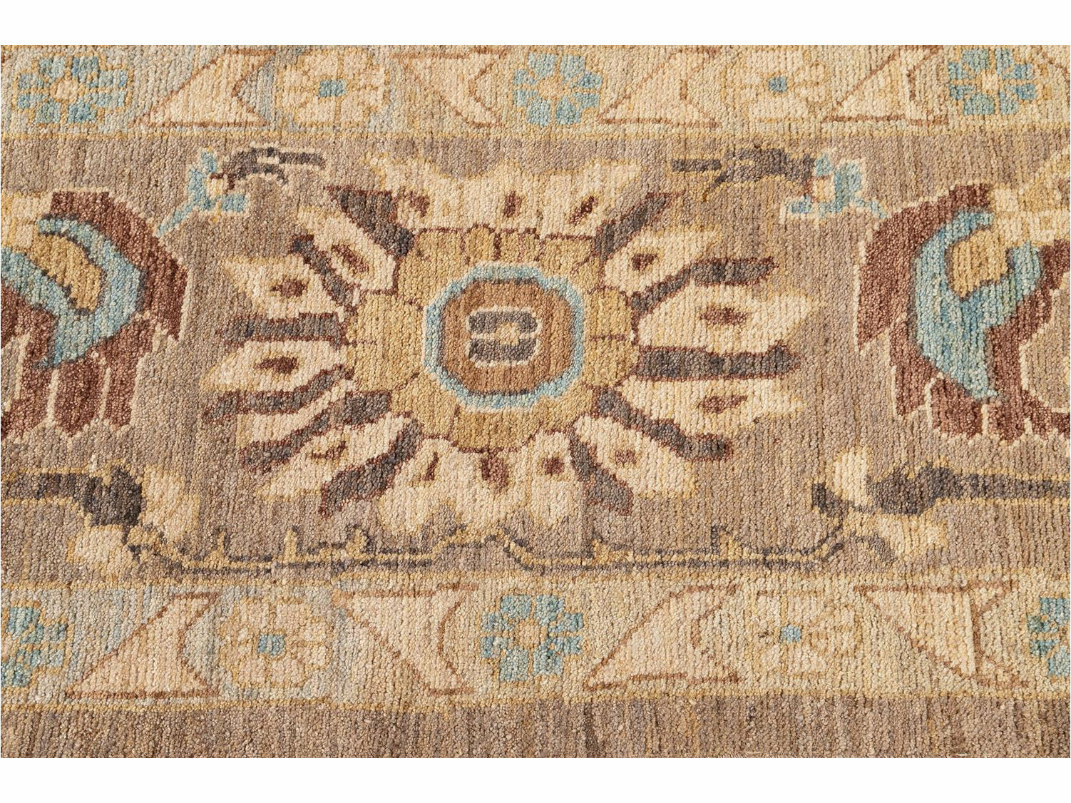 Modern Persian Sultanabad Rug 10 X 13