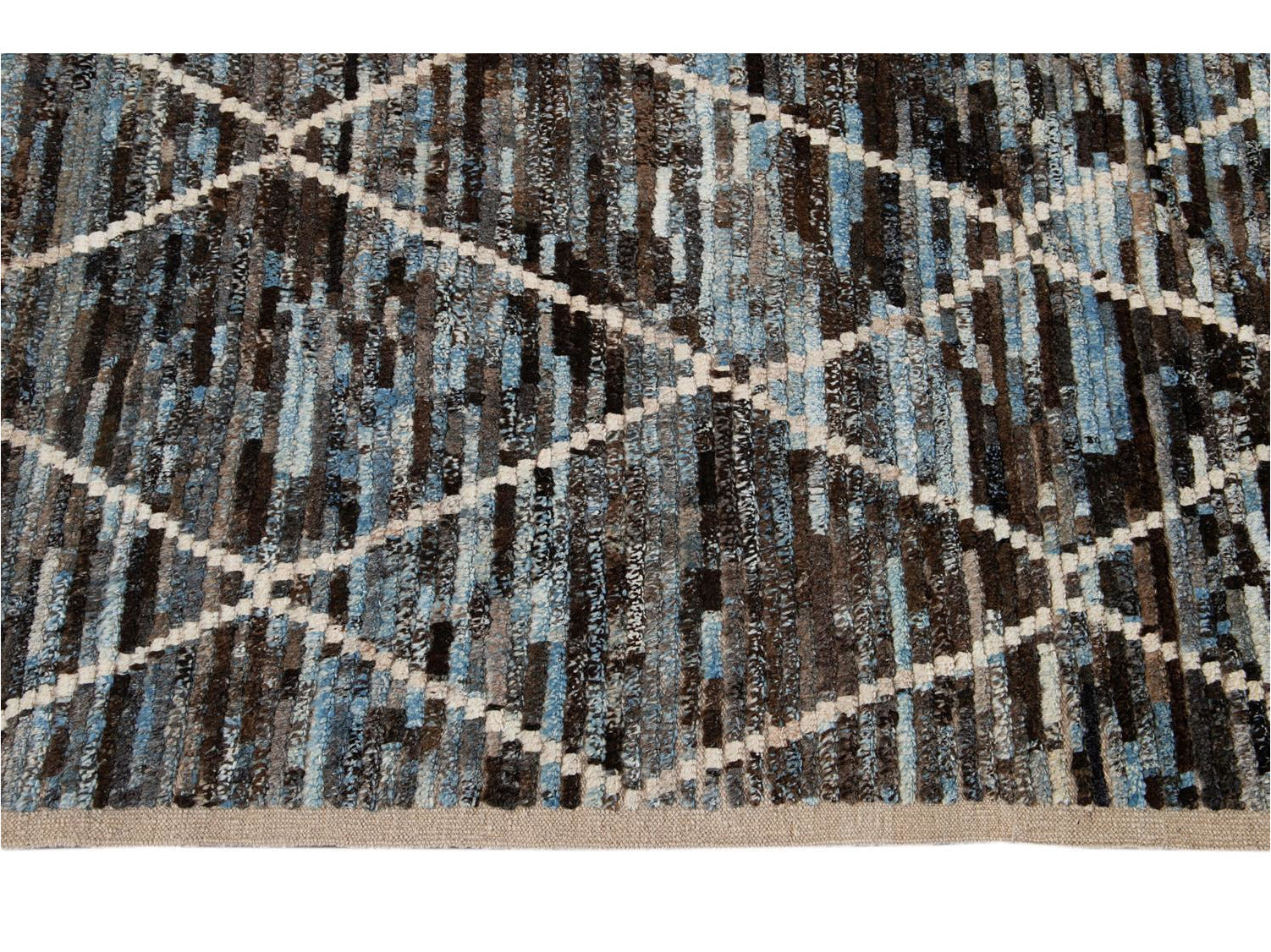 Modern Moroccan-Style Room Size Wool Rug 7 X 9
