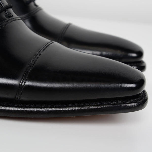 Black Sharp Oxford Shoes