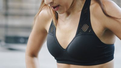 5 Tips on How to Properly Wash Your Sports Bra