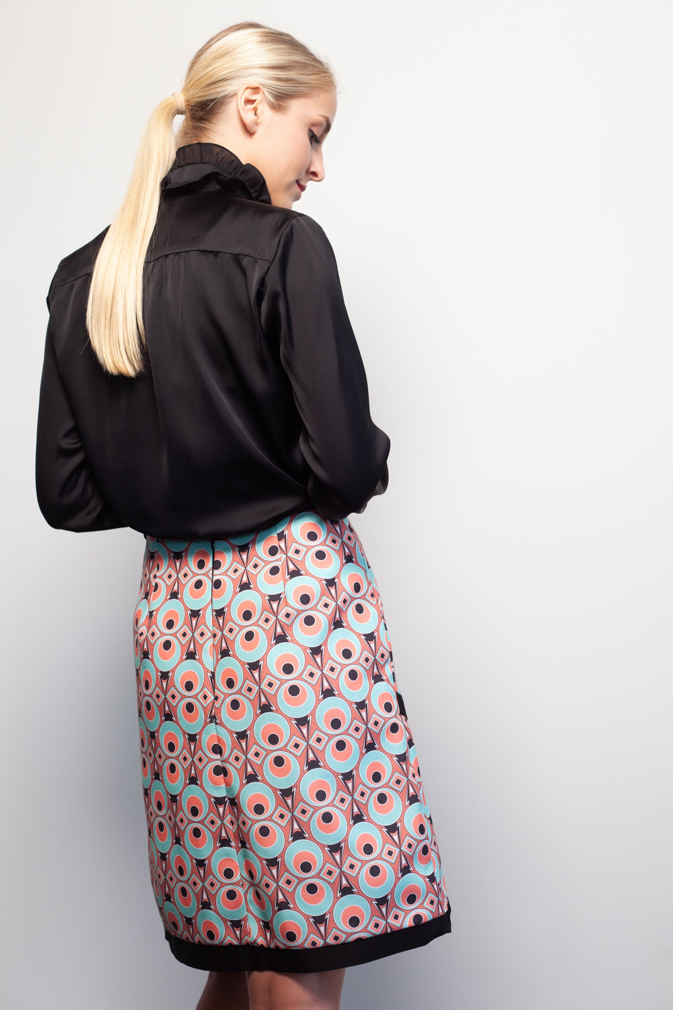 Mod World Circles Skirt